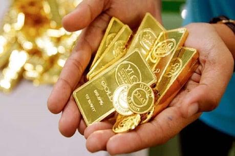 उत्तर प्रदेश में सोमवार के मुकाबले मंगलवार को सोने के दाम में 560 रुपये की गिरावट दर्ज की गई है.