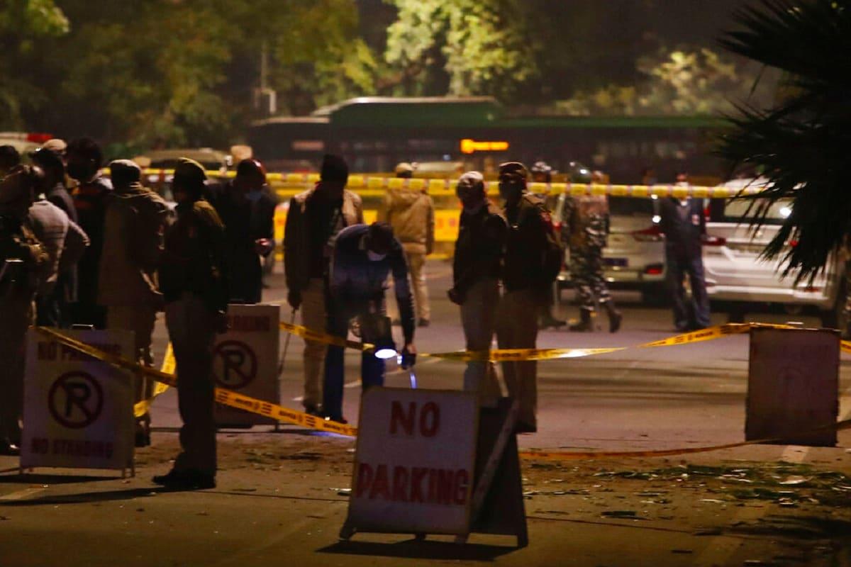 Israel Embassy Blast: दिल्ली बम ब्लास्ट का ईरानी इनेक्शन! राजधानी में रह रहे ईरानियों से पूछताछ कर रही स्पेशल सेल