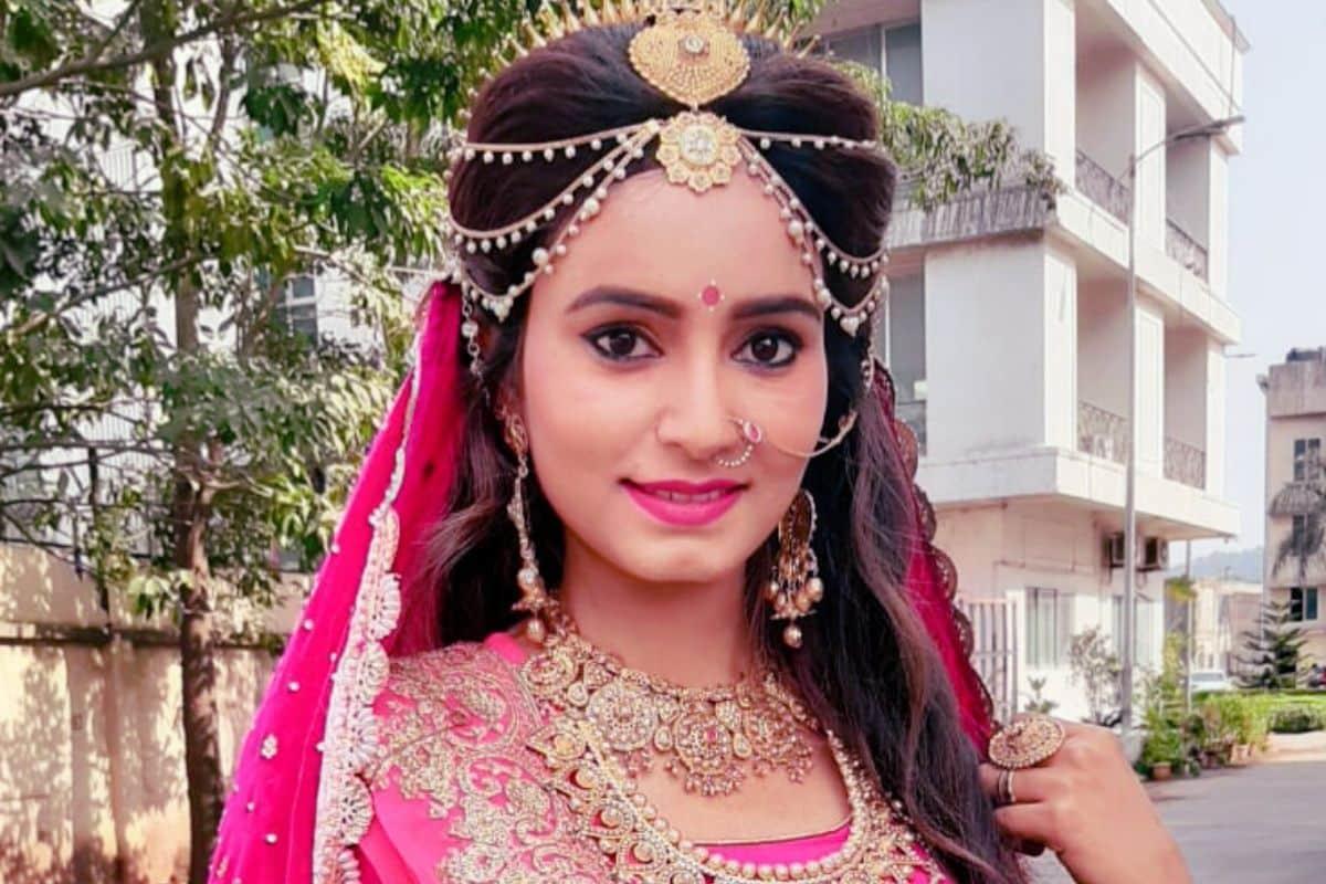 Rishika Singh Chandel pics, Chhapra News, TV actress, Jai Santoshi Maa star Rishika Singh, Bihar News, Chhapra ke Beti, Bihar ki Betiyan, Bihar ke filmy Star,