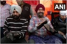 Kisan Andolan: गाजीपुर बॉर्डर पर गुरुद्वारा सीज गंज साहिब के वालंटियर्स ने फ्री में पॉलिश किए किसानों के जूते