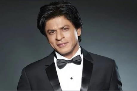King Khan of Bollywood, Shah Rukh hails from Delhi and completed his schooling from St. Columbus School.  After that, he completed his undergraduate studies in economics from the famous Hansraj College in Delhi.  Shahrukh also received a master's degree in Mass Communication from Jamia Millia Islamia University.  (Photo courtesy: Network 18)