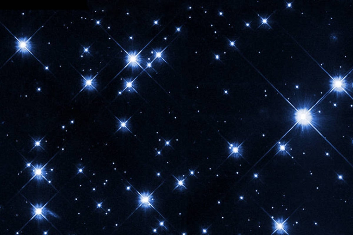 , India, Astrosat, satellite, globular star cluster, hot UV-bright stars, Dinosaur of Universe, Star, star cluster