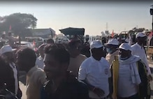 किसानों के मुद्दे पर ट्रैक्टर पर सवार हुए कमलनाथ, देखें Video