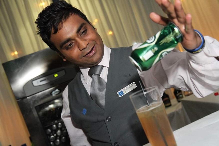 राहुल दिनोदिया आईटीसी वेलकम और ली मेरिडियन जैसे होटलोंं में काम कर चुके हैं.