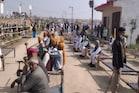 PHOTOS : मुरैना में कुछ ऐसे हुई कांग्रेस की किसान खाट महा पंचायत