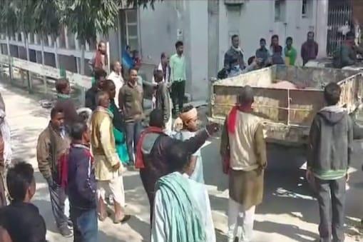 पुलिस ने लड़की के परिजनों की तहरीर पर दो स्थानीय लोगों के खिलाफ नामजद एफआईआर दर्ज किया है