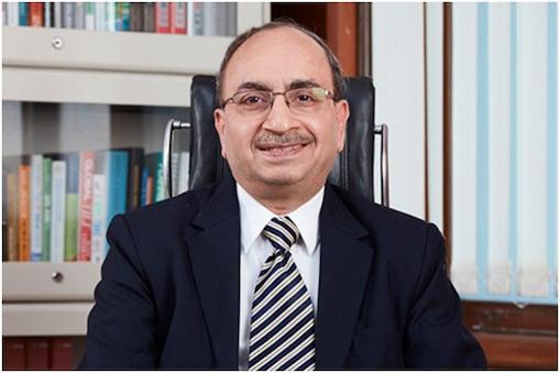 एसबीआई के चेयरमैन दिनेश कुमार खारा के मुताबिक, बजट 2021 की कुछ घोषणाएं रेटिंग एजेंसियों को भी पसंद आएंगी.