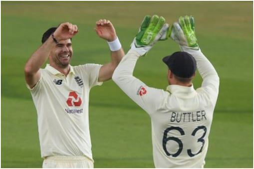 जेम्स एंडरसन ने पहले टेस्ट मैच में शानदार प्रदर्शन किया था.
