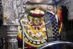 PHOTOS: काशी के कोतवाल बाबा काल भैरव मंदिर में 50 साल बाद हुई ये घटना, श्रद्धालुओं की जुटी भीड़