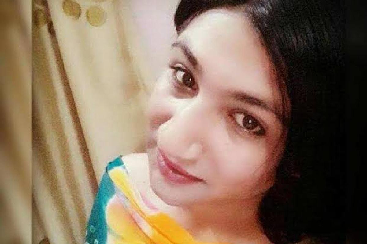 Mahika Sharma narrates a childhood story on Saraswati Puja, 'This is special to me' – News18 Hindi