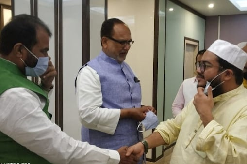 विधानसभा चुनाव से पहले आरजेडी के दो वरिष्ठ नेता बंगाल पहुंच चुके हैं.