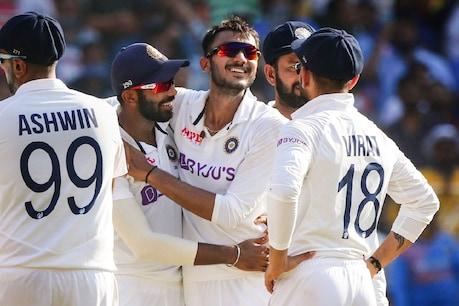 नरेंद्र मोदी स्टेडियम में हुए पिंक बॉल टेस्ट में अक्षर पटेल ने 11 विकेट लिए थे. photo: PTI