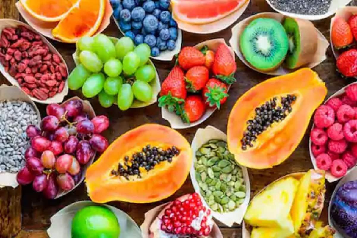 fruits देश के आंगनबाड़ी केंद्रों में फल और सब्जियां उगाने की तैयारी हो रही हैैै.