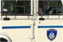 सुनार ने मांगे सोने की चेन के बकाया पैसे तो दर्जी ने घोंप दी कैंची- पुलिस