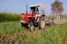 Kisan Aandolan: कृषि कानूनों के विरोध में किसान ने 4 एकड़ गेहूं की फसल पर चलाया ट्रैक्टर