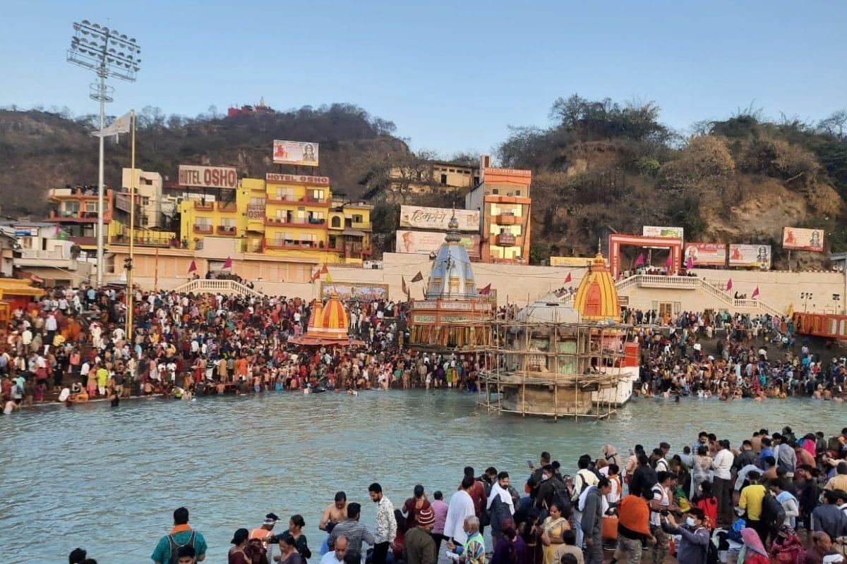 Kumbh 2021: हरिद्वार कुंभ में कोरोना के खतरे को लेकर केंद्र ने उत्तराखंड  सरकार को किया आगाह | Union government warns Uttarakhand about the danger of  corona in Haridwar Kumbh