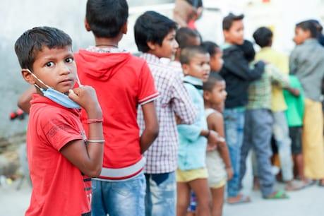 मार्च के पहले हफ्ते में ब्रुहट बेंगलुरु महानगर पालिके में 10 साल के उम्र के 8-11 बच्चों में कोरोना वायरस मिला है. (सांकेतिक तस्वीर: Shutterstock)