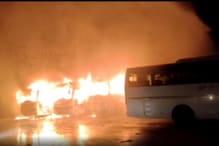 दमोह बस स्टैंड पर मची अफरा-तफरी, रात 2 बजे अचानक लगी आग में 7 बसें जलकर खाक