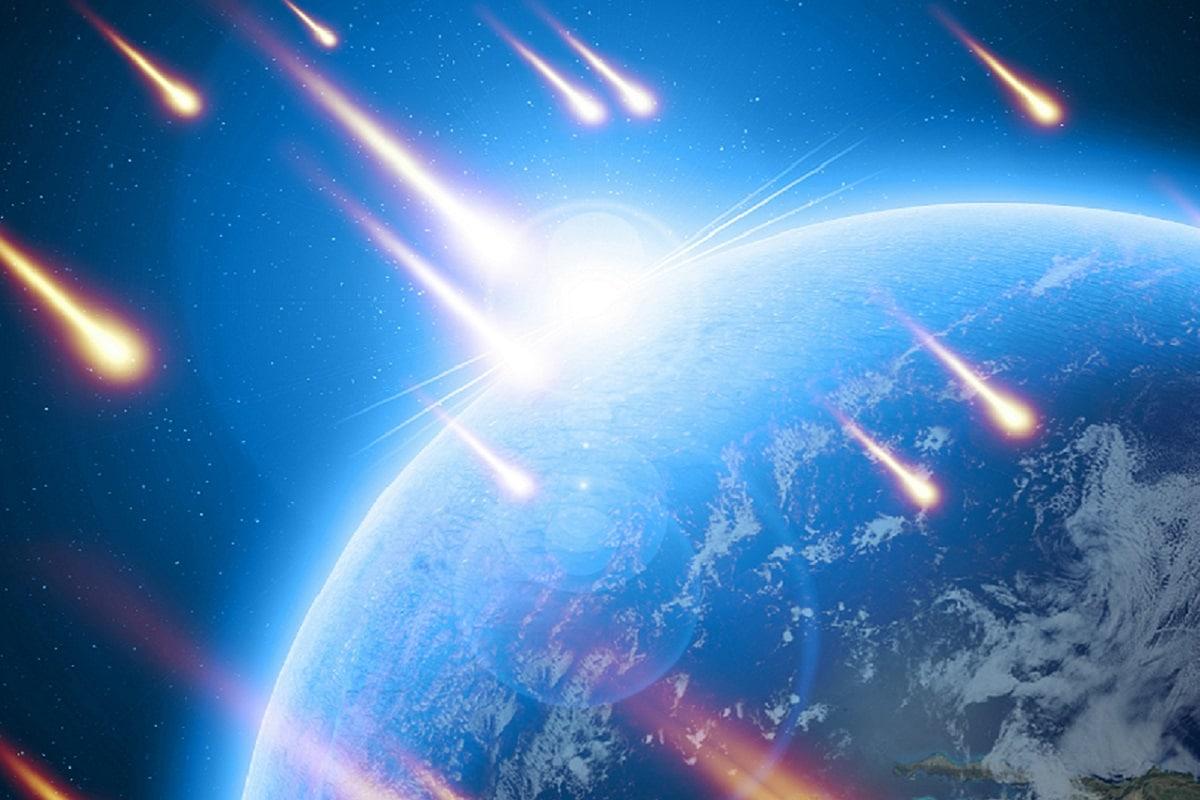 Earth, Micrometeorites, Comets, Asteroids, Meteorites, Atmosphere, Cosmic Dust,