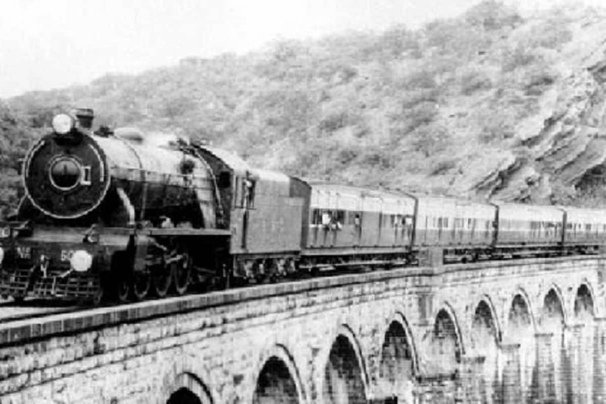, First Passenger train in India, Indian railway transport day, Indian Railways, first train in India, Bombay to Thane
