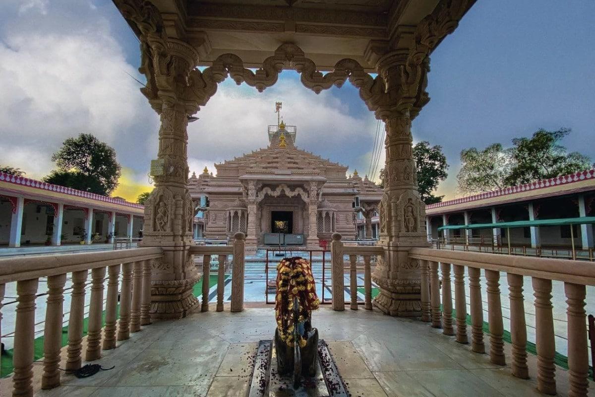 मां त्रिपुरा सुंदरी: सुबह की बेला में कुमारिका, दोपहर में यौवना और शाम को प्रौढ़ रूप में देती हैं दर्शन Rajasthan News- Jaipur News- History of famous temple maa Tripura Sundari of Banswara- religious place-big center of faith