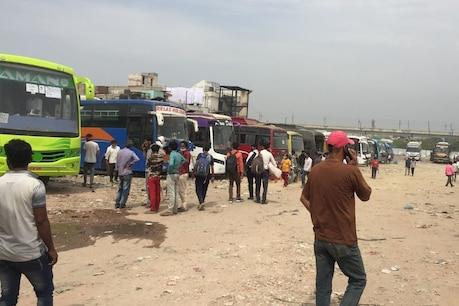 दिल्ली में लॉकडाउन लगने के बाद प्रवासी मजदूरों की जिंदगी एक बार फिर मुश्किल में है.