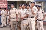 पुलिस जवानों-अधिकारियों की छुट्टी पर रोक, मेल के ज़रिए होगा सरकारी कामकाज
