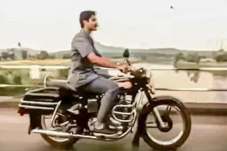 Unique advertisement of Bullet 350 bike.