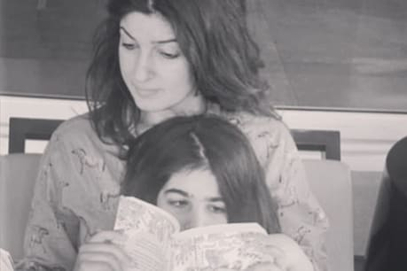 The video of Twinkle Khanna and her daughter is becoming viral on social media.  Photo courtesy- @ twinklerkhanna / Instagram