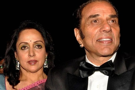 Dharmendra and Hema have been living separately for the last one year.  File photo