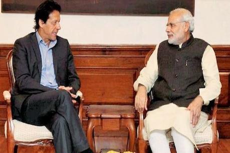 मोबाइल इमरान खान और भारत के नरेंद्र मोदी (फाइल फोटो)