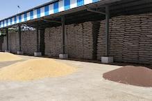 चरखी दादरी : नहीं शुरू हुई आज से सरकारी खरीद, मंडी से बाहर अनाज बेच रहे किसान
