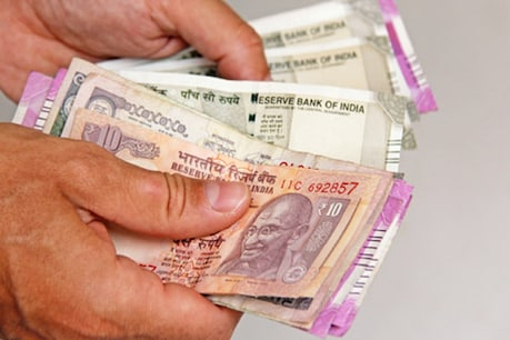 Indian investors will get benefit of weakness in rupee