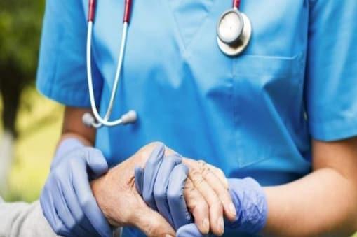 ऋषिकेश एम्स के कोविड केयर हॉस्पिटल में यह नियुक्ति तीन महीने के लिए होगी.