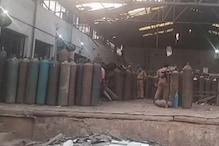 UP News Live Update: कानपुर के पनकी ऑक्सीजन प्लांट में सिलिंडर फटा, एक की मौत