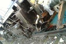 चंडीगढ़-लखनऊ एक्सप्रेस ने क्रॉसिंग से गुजर रहे वाहनों को मारी टक्कर, 5 की मौत