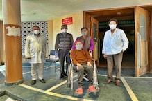 102 वर्षीय महिला ने जीती कोरोना से जंग, 13 दिन बाद IGMC से स्वस्थ होकर लौटी घर