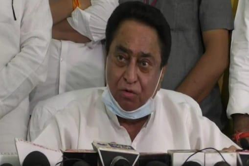 खंडवा लोकसभा सीट पर उम्मीदवार को लेकर कांग्रेस में बवाल मच गया है.अरुण यादव की दावेदारी को कमलनाथ ने नकार दिया है . (File)