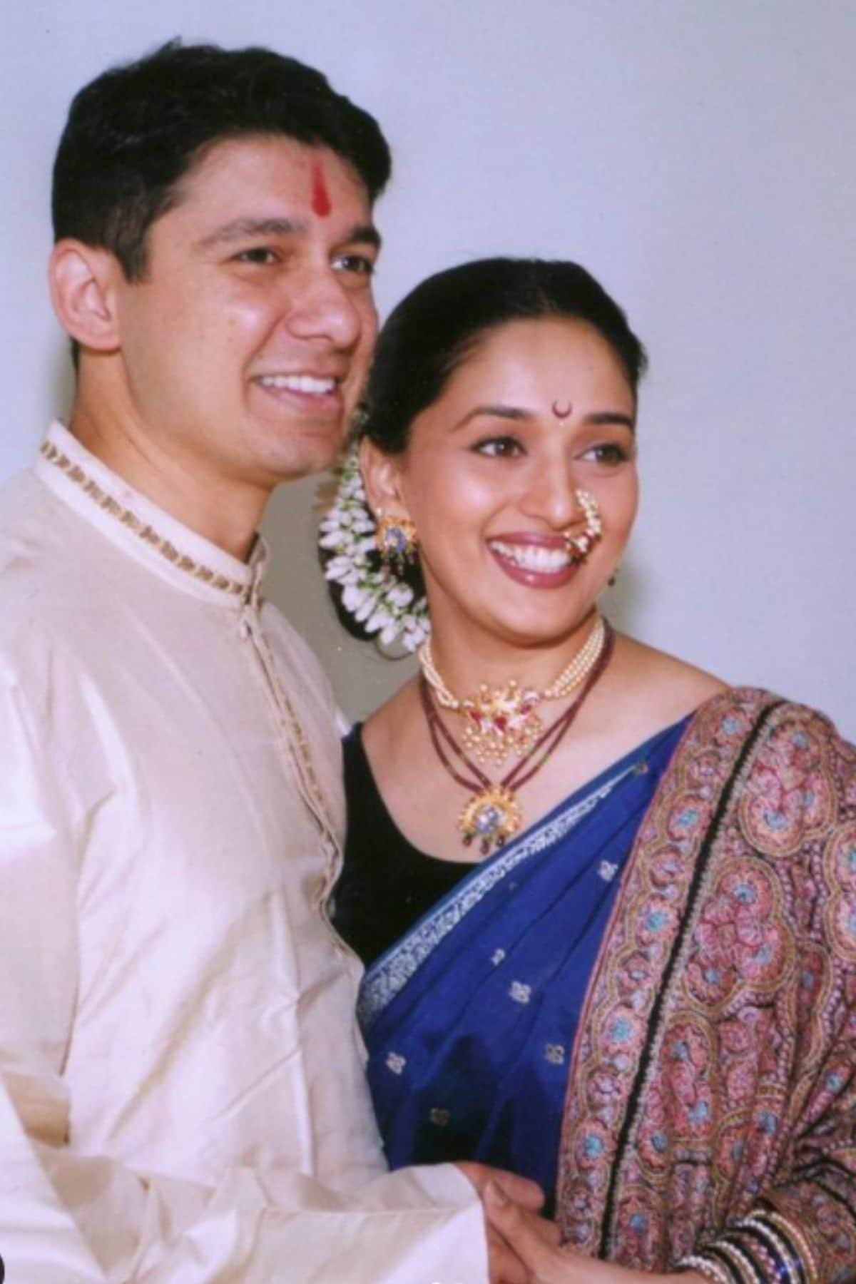 Madhuri Dixit, Madhuri Dixit couple moments, Madhuri Dixit photos, Madhuri Dixit Ram Nene, माधुरी दीक्षित, श्रीराम नेने