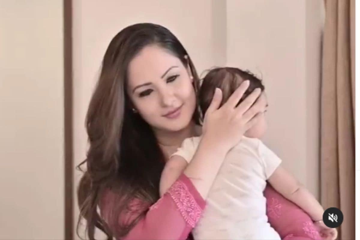Happy Mothers Day, Mothers day 2021, Anita Hassanandani, Anushka Sharma, Puja Banerjee, Celebs, हैप्पी मर्दस डे, मर्दस डे, अनुष्का शर्मा, bollywood news in hindi