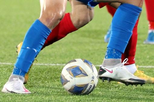 यूरो फुटबॉल चैंपियनशिप में क्रोएशिया और चेक गणराज्य के बीच मुकाबस ड्रॉ रहा.(सांकेतिक तस्वीर)