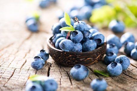 Consuming blueberries for stress relief is considered very beneficial.  Image-shutterstock.com