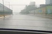 दिल्ली-NCR में चमक-दमक के साथ तेज बारिश, जमकर ओले गिरे, गर्मी से मिली राहत