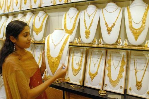 दिल्ली सर्राफा बाजार में आज Gold की कमतों में तेजी का रुख रहा.
