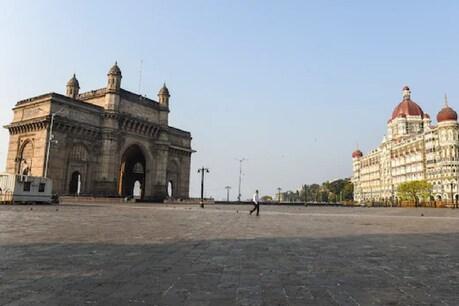 मुंबई में कड़े प्रतिबंध लगाए गए हैं. (File pic)