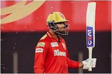 मयंक ने बतौर कप्तान पहले ही मैच में खेली रिकाॅर्ड पारी, टीम के 60% रन बनाए
