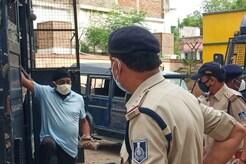 MP News Live Updates: रेमडेसिविर कालाबाजारी- जबलपुर पुलिस को बड़ी सफलता, आरोपी पर शिकंजा कसा