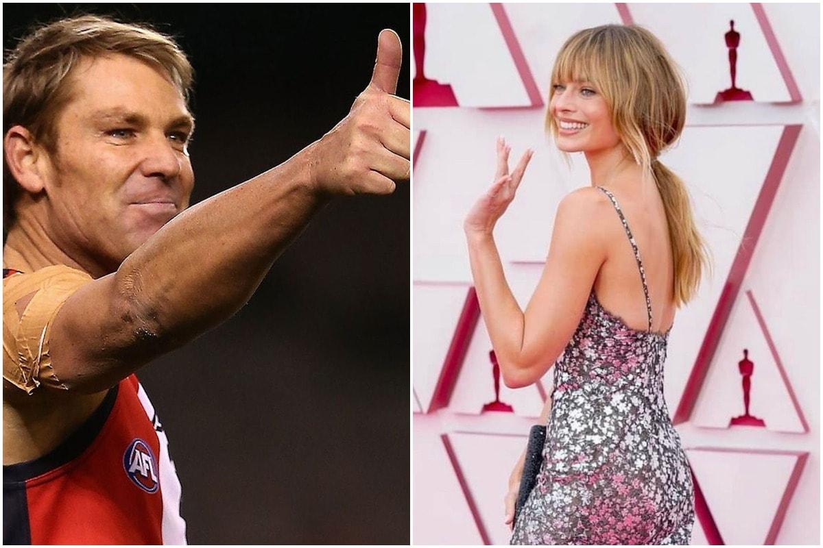 नई दिल्ली. मैदान के अंदर जहां शेन वॉर्न (Shane Warne)अपनी जबर्दस्त लेग स्पिन के लिए जाने जाते थे वहीं ऑस्ट्रेलिया का ये दिग्गज क्रिकेटर मैदान के बाहर दूसरी वजहों के लिए जाना जाता है. शेन वॉर्न की निजी जिंदगी विवादों से रही है और उनकी कई गर्लफ्रेंड रही हैं. वॉर्न के कई महिलाओं के साथ प्रेम संबंध रहे हैं जिनमें एक्ट्रेस भी शामिल हैं. ऑस्ट्रेलिया के इस पूर्व लेग स्पिनर का नाम अब एक और एक्ट्रेस के साथ जुड़ रहा है. मीडिया रिपोर्ट्स की मानें तो इन दिनों शेन वॉर्न हॉलीवुड अभिनेत्री मारगॉट रॉबी (Margot Robbie) में काफी दिलचस्पी दिखा रहे हैं. (PC-शेन वॉर्न-मॉरगॉट रॉबी इंस्टाग्राम)