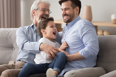 World Family Day 2021: This will be a strong relationship with parents.  Image / shutterstock