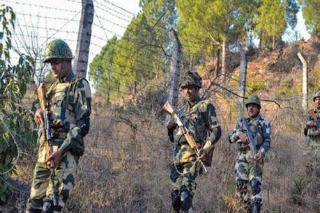 जम्मू-कश्मीर के पुंछ में नियंत्रण रेखा के नजदीक निगरानी करते सेना के जवान. (पीटीआई फाइल फोटो)